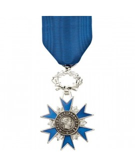 Médaille Chevalier de l'Ordre du Mérite Argent